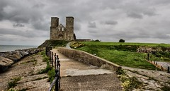 Recolver Towers (maf863) Tags: sea canon coast kent seaside roman seawall thamesestuary recolver northkent 700d canon700d recolvertowers