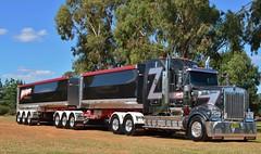 Kenworth t909 (quarterdeck888) Tags: nikon flickr tipper transport frosty trucks kenworth haulage quarterdeck newellhighway highwayphotos hehirs t909 d5100 jerilderietrucks oaklandstruckshow