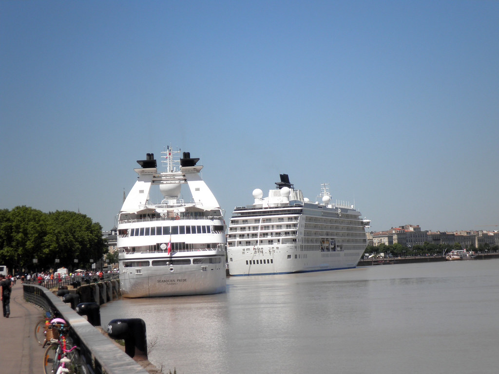 The World - Bordeaux, 25 mai 2011 -P5250180