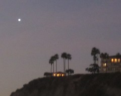 originaldUFO over the Ritz Carlton LN 1-28-12 157 (RicknDP) Tags: california sunset beach ufo spaceship flyingsaucer orangecounty danapoint saltcreek spacecraft ufos alienabduction witnesses unidentifiedflyingobjects ritzcarltonlagunaniguel saltcreekbeach cloakingdevice alienspacecraft strandsbeach alienencounters ufowitnesses sleekspacecraft