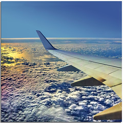 Aereosoul (Nespyxel) Tags: travel light sky colors clouds plane square fly nuvole horizon wi