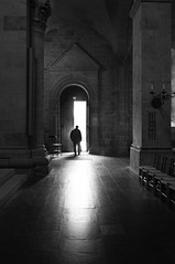 R0014275.JPG (Sigfrid Lundberg) Tags: street door light shadow people man port cathedral streetphotography kyrka drr zm katedral lundcathedral lundsdomkyrka explored biogont2825 25mmf28zmbiogon zeisscontest2012