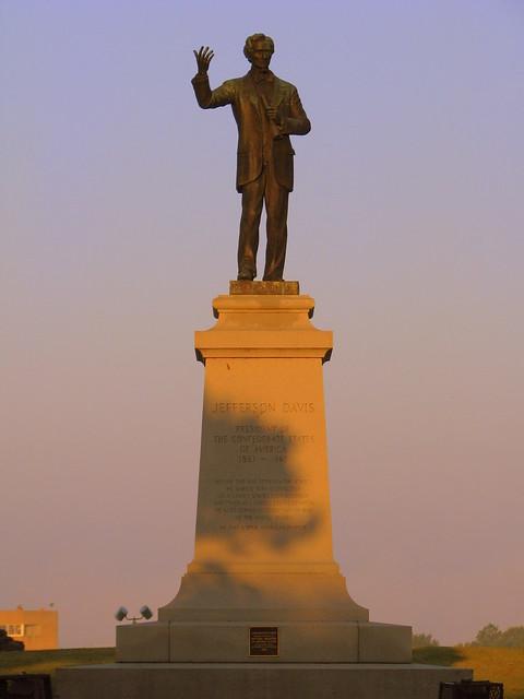 Jefferson Davis Statue at Dawn - Memphis, TN