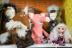 Myshuno and stuffed friends (janetsaw) Tags: white toy pig doll plush fox duna moof everclever beaststown metusaleo sigikidbeasts pavianpalaver claudettekotelett