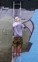 Working The Wall (Joey Z1) Tags: streetart mural streetscene urbanart spraypaint graffito graffitiartist urbanlife muralist sanpedroca lastreetart urbanartist lalife spraypainter urbanla streetscenela streetartistatwork laasseenbyjoeyz1 bylaphotolaureatejoeyzanotti
