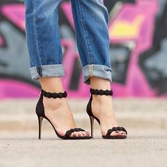 Os doy las buenas noches con estas preciosas sandalias de @rayethelabel Me encantan! Tenis todas las fotos y la informacin con enlace directo en el blog, si sois Adictas a los zapatos, como yo, no os olvidis de pasar por all, no hago ms que presenta (WOWS_) Tags: beauty fashion moda belleza streetstyle