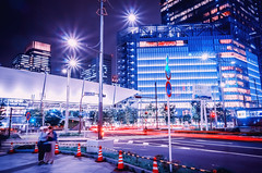 174/366 : Turning Right (hidesax) Tags: street leica light urban japan buildings lights tokyo stream cityscape nightscape cone trails x tokyostation yaesu vario 365project 366project turningright 174366 hidesax 366project2016