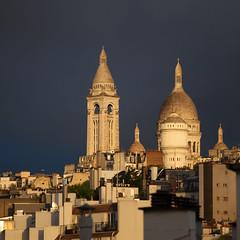 Montmartre parfait (Christophe') Tags: paris montmartre sacrcoeur toits toitsdeparis