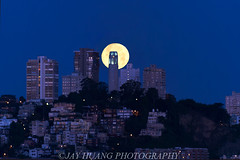 Full Moon Line Up with Coit Tower (Jaykhuang) Tags: sanfrancisco morning downtown treasureisland fullmoon coittower moonset alignment yerbabuenaisland strawberrymoon jayhuangphotography june192016 planitapp