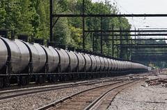 Pennsylvania Pipeline (Dan A. Davis) Tags: crudeoil tankcars