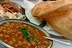 Channa Bhathura (John 3000) Tags: food bread asian restaurant fry indian comida restaurante curry vegetarian veg fried chana garbanzo chickpea channa chaat bhatura chaatbhavan