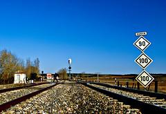 Seales (Jesus_l) Tags: espaa tren europa valladolid castronuo jesusl