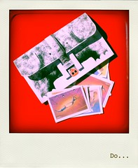 Do... (Ribambelles & Ribambins) Tags: from polaroid view you photos or images everyone mes luxe pochette decoupage recortables papertoy donatien jigé auschneidebogen auschneidenbogen