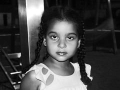 365 Pessoas: 283/365 (sarah azavezza.) Tags: portrait blackandwhite girl kid child retrato nia brazilian 365 menina pretoebranco 2012 project365 povobrasileiro 365people sarahazavezza 365pessoas