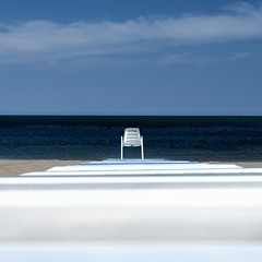 """empty chair"" (helmet13) Tags: ocean beach chair solitude raw silence simplicity oceanview minimalist studies gettyimages aoi bellaitalia emptychair 100faves peaceaward d700 heartaward platinumheartaward world100f saariysqualitypictures bestcapturesaoi"