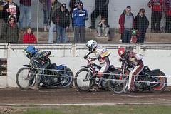 Tape Watching (Richard Amor Allan) Tags: bike mud bikes cycle stokeontrent rider speedway cycles riders motorcyles scunthorpesaints tonyatkin jerranhart rhysnaylor stokepotters loomerroad