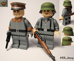 4th SS Polizei Division WWII LEGO (MR. Jens) Tags: world two k war lego wwii ss 4th 98 ww2 division polizei kar wehrmacht waffen mauser k98 c96 brickarms feldgendarmerie