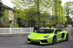 Aventadorus. (Alex Penfold) Tags: auto park camera verde green cars alex sports car sport mobile canon photography eos photo cool flickr bright image awesome flash sunday picture super spot exotic photograph e lp spotted hyper ithaca 700 lamborghini supercar spotting p1 exotica 52 sportscar 2012 sportscars supercars lambo penfold devere spotter hypercar 60d hypercars aventador 52e lp700 alexpenfold horesly