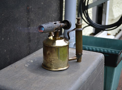 Vintage Max Sievert Petroleum Brass Blow Lamp Type 221 made in Sweden (pwllgwyngyll) Tags: max lamp vintage sweden stockholm blow flame torch lamps brass kerosene petroleum paraffin sievert