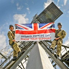 Personnel at RAF Digby Flying the Armed Forces Day Flag (Defence Images) Tags: uk military british defense defence raf cranwell royalairforce armedforcesday stenigot serco armedforcesdayflag aerialerectors