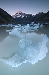 Mountain Light (Explore #1 - Thanks!) (Joshua Cripps) Tags: sunset newzealand nationalpark mtcook southernalps icebergs alpenglow aoraki hookerglacier hookerlake