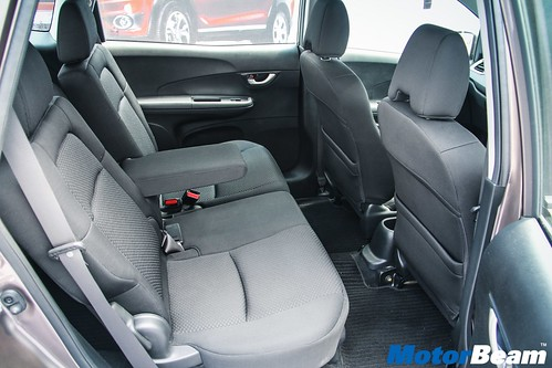 Honda-BR-V-16