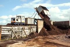 Cladance Moss Tippler (Kingmoor Klickr) Tags: scotland industrial railway 18 narrowgauge eastkilbride ici ardeer alankeef nobelsexplosives 05581 williamsinclairhorticulture cladnacemoss