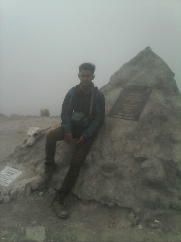 "Pengembaraan Sakuntala ank 26 Merbabu & Merapi 2014 • <a style=""font-size:0.8em;"" href=""http://www.flickr.com/photos/24767572@N00/26888512400/"" target=""_blank"">View on Flickr</a>"