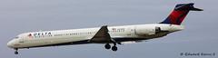 N914DN (Edward Kerns II) Tags: flight deltaairlines md90 2325 kbwi n914dn