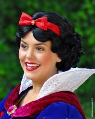 Princess Snow White_3310026 (Disney-Grandpa) Tags: portrait disneyland disneyprincess princesssnowwhite