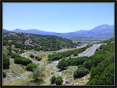 Kreta (Renata_Lipiska) Tags: road travel plants mountain plant mountains field turn landscape island view outdoor hill kreta pole greece crete grassland gry droga widok gra rolina grecja ka roliny krajobraz wyspa podr wzgrze zakrt islandofcrete wyspakreta