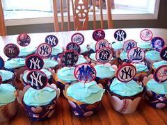 New York Yankees Cupcakes (Kid's Birthday Parties) Tags: newyorkyankees cupcaketoppers yankeescupcakes papercupcaketoppers newyorkyankeescupcakes yankeespartysupplies newyorkyankeespartysupplies newyorkyankeesparty