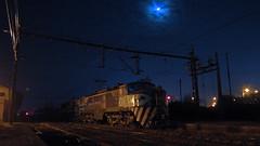 Bajo la Luna II (Mono_Shadow) Tags: chile railroad moon electric train trenes sofia luna fotos locomotive loren breda teno locomotora sarmiento electrica curico e32 x9 fepasa 3208 marelli 50009 agrozzi e3208