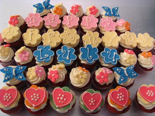 cute cupcake platter