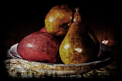 Still Life With Pears and Lace (Julie Frances Photography) Tags: stilllife texture pears lace bowl mygearandme ringexcellence dblringexcellence tplringexcellence ononephotosuite
