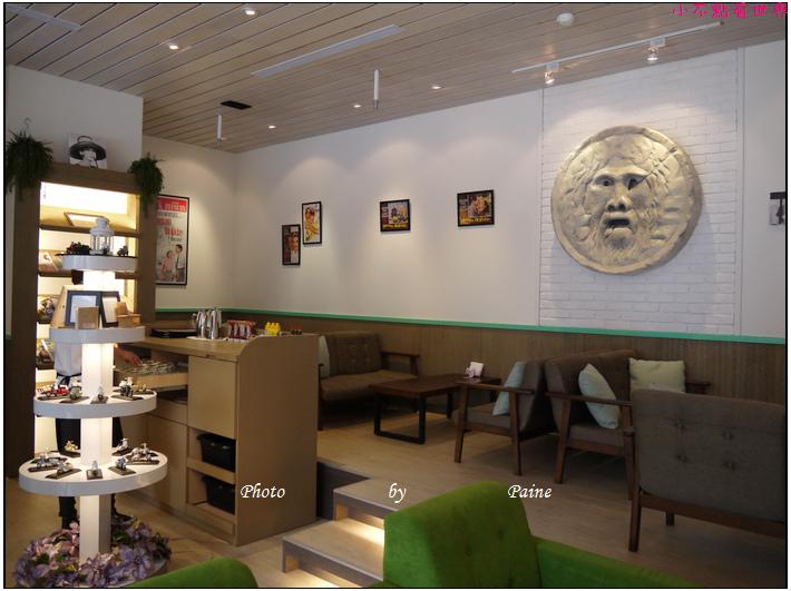 中壢Holiday cafe (61).JPG