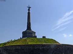 Aberystwyth Wales War memorial 270512 (Liz Callan) Tags: sea wales aberystwyth warmemorial