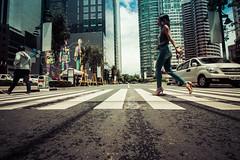 Crosswalk (Ein Ermino) Tags: street people canon photography crossing philippines pedestrian crosswalk bgc