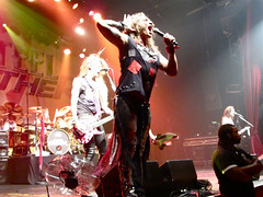 "Steel Panther @ Le Bataclan, Paris, 25.03.2012 • <a style=""font-size:0.8em;"" href=""http://www.flickr.com/photos/35303541@N03/6874086852/"" target=""_blank"">View on Flickr</a>"