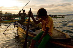 Semporna harbour (Borneo, Malaysia) (slawekkozdras) Tags: old city travel boy sunset boat asia warm harbour young shy malaysia borneo sabah semporna