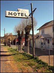Downtown Dorris, California (greenthumb_38) Tags: 1740mm canonef1740mmf4l canon40d jeffreybass
