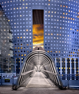 Puente Japonés (La Defense, París)