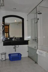 Bathroom02.alt (hanoitouronline) Tags: halongbaytours traveltohanoi bookflightticket sapatrekkingtours booktrainticket hanoitoursinformation halongbayonalovacruises ninhbinhecotours hanoionedaytours halongbayonedaytours vietnamhoneymoontours hanoigolftours hanoivillagestours rentthecars