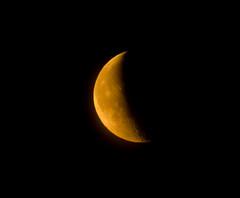 Crescent Moon Rising 13 June 2012 (Sculptor Lil) Tags: moon london nature moonrise astrophotography handheld waningcrescent
