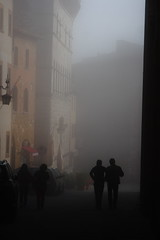 ((:Andrzej:)) Tags: city morning people italy misty fog twilight europe italia mood walk silhouettes jazz tuscany montepulciano toscana poranek miasto mga toskania