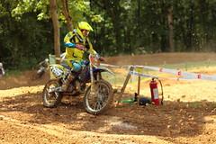 Dommages collatraux (Nessutbm) Tags: france de moto motocross ffm championnat 85cm mandeur 125cm bihr 27052012