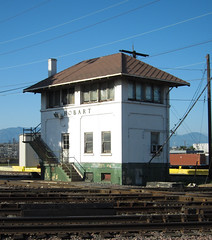 Vernon: Hobart railroad tower (2591) (DB's travels) Tags: california railroad abandoned losangeles laarea tempcrr