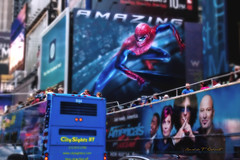 Amazing New York City (Ronaldo F Cabuhat) Tags: street city nyc blue light summer people usa ny bus colors speed canon buildings photography travels walk web spiderman picture streetphotography tourists busy tours vacations tourbus tiltshift streetwalk canonspeedlite580exii canoneos5dmarkii citysightsny cabuhat amazingnewyorkcity