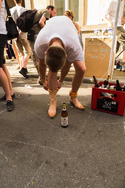orange germany deutschland dresden rosa sachsen bier schuhe 2012 neustadt feste brauerei stiefel brn radebergerexportbierbrauerei böhmischestrase