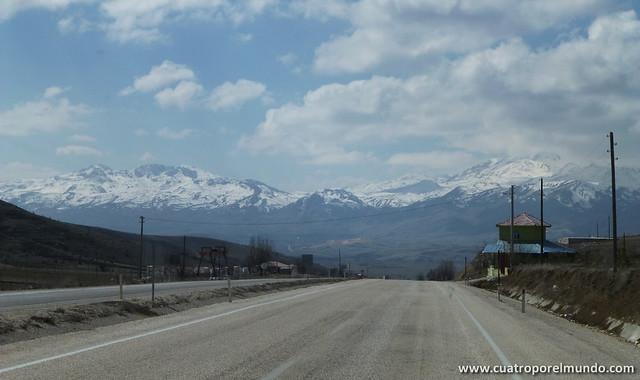 La nieve muy cerquita camino de Pamukkale